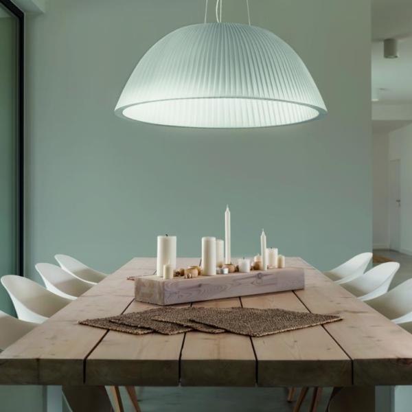 Eva lámpara decorativa en suspensión fabricada por El Torrent