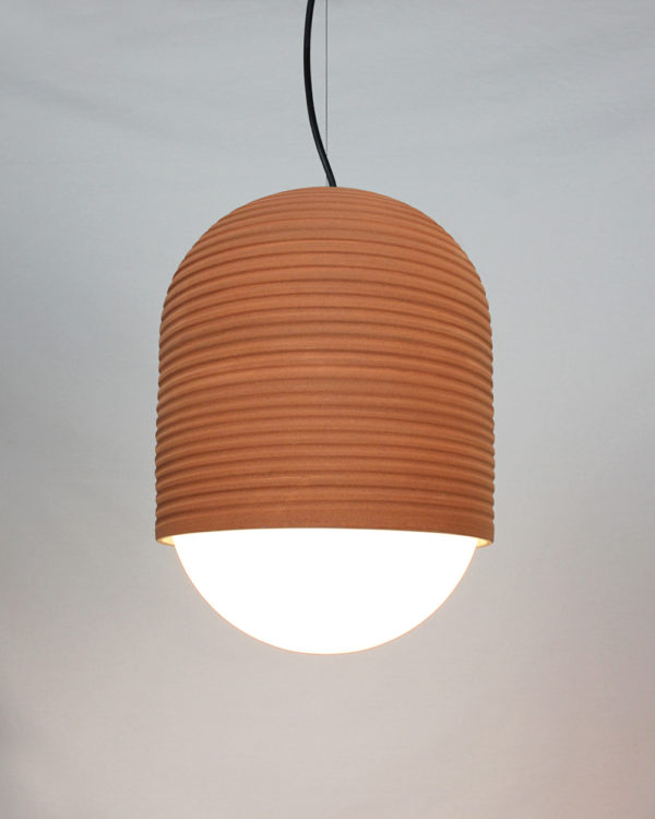 Nucli, luminaria colgante de cerámica fabricada por El Torrent